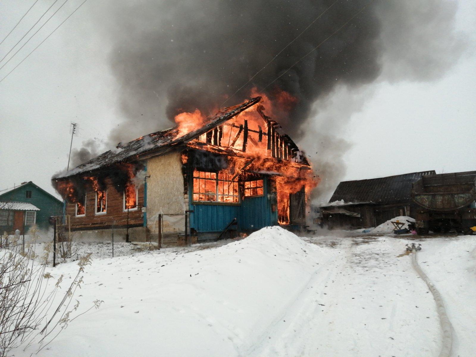 Пожар в Мосальском районе, д. Устоша, ул. Центральная