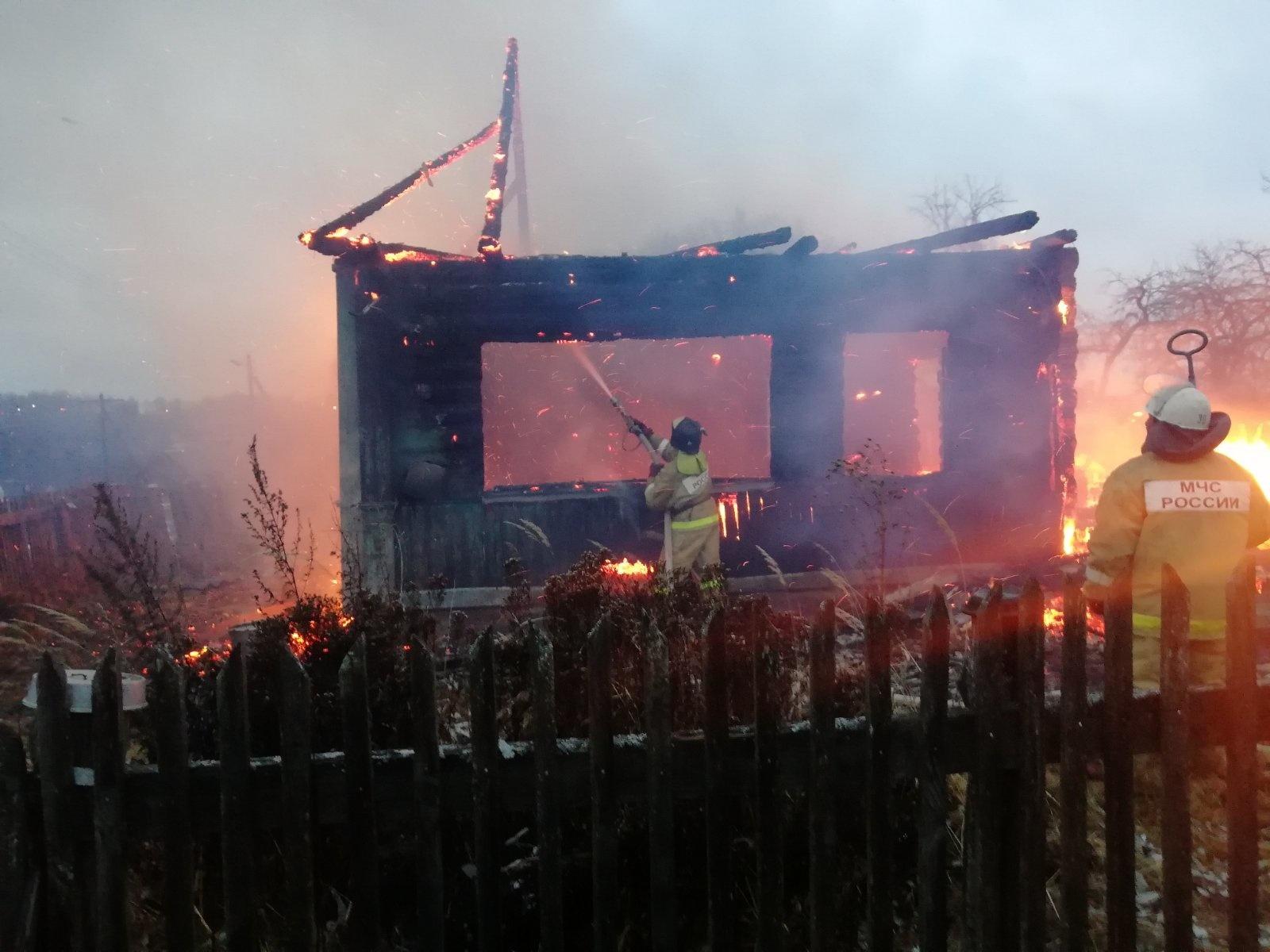 Пожар в Ульяновском районе, с. Ульяново, ул. 50 лет октября