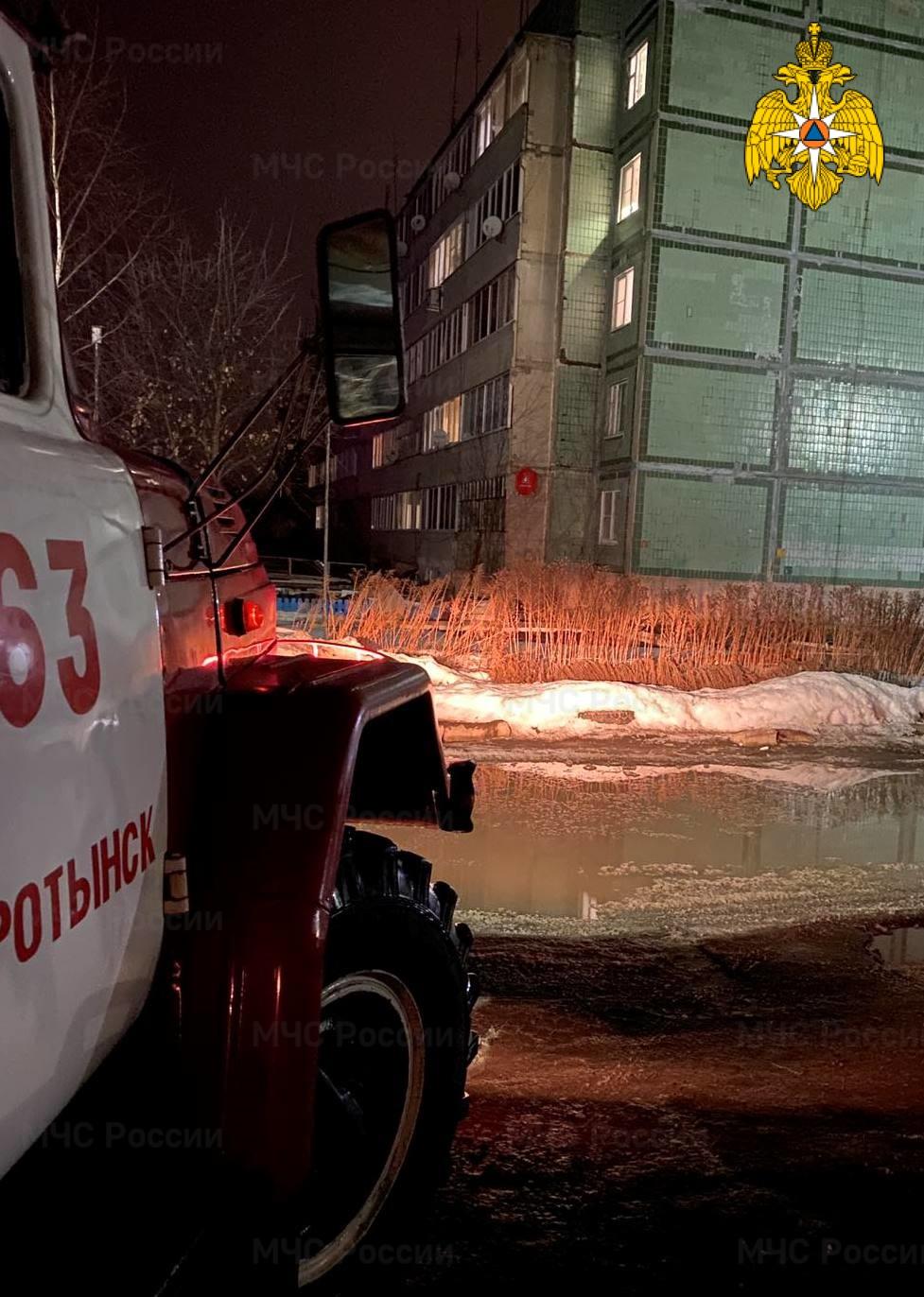 Спасатели МЧС принимали участие в ликвидации ДТП в Бабынинском районе, п. Воротынск, ул. Школьная