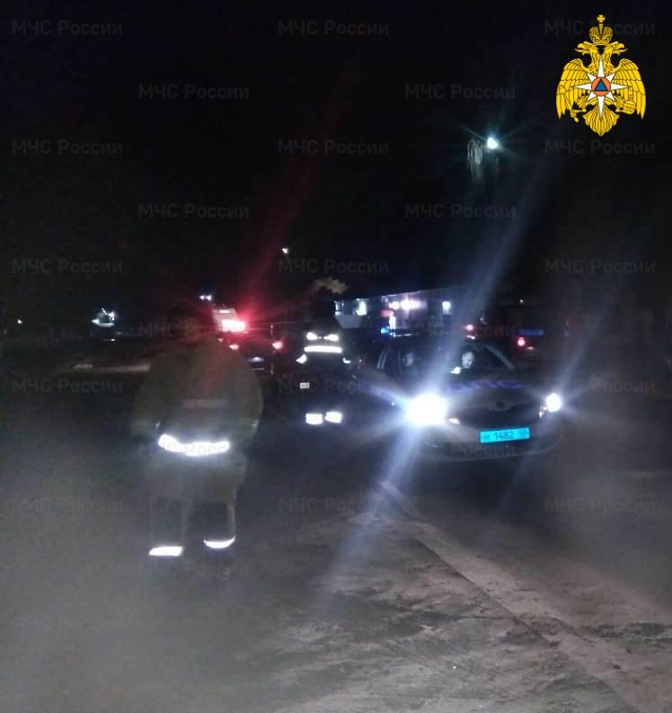 Спасатели МЧС принимали участие в ликвидации ДТП в Бабынинском районе, п. Воротынск, ул. Центральная