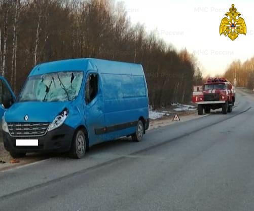Спасатели МЧС принимали участие в ликвидации ДТП в Тарусском районе, 50 км автодорога «Калуга-Таруса»