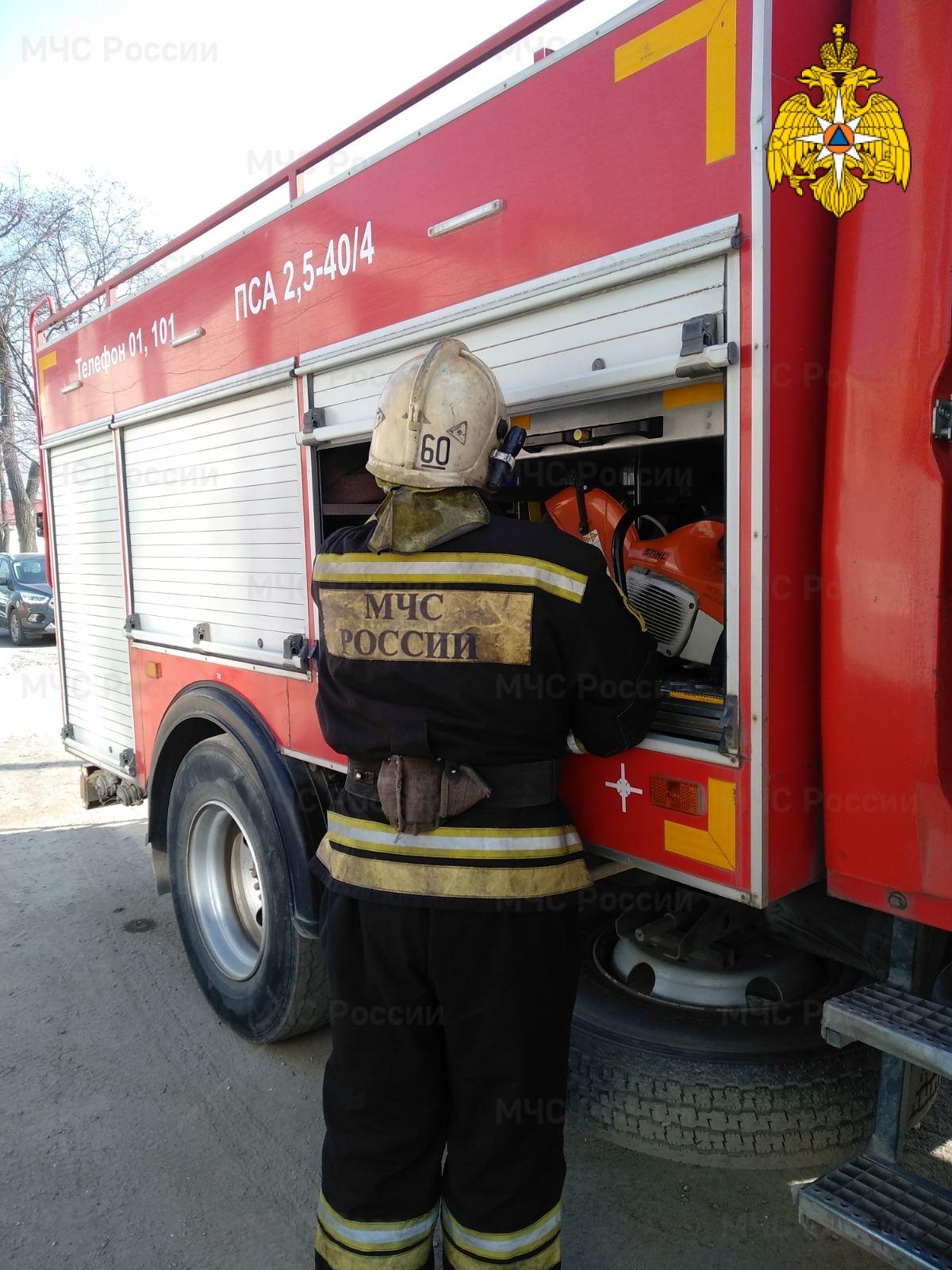 Спасатели МЧС принимали участие в ликвидации ДТП в г. Обнинск, ул. Борисоглебская