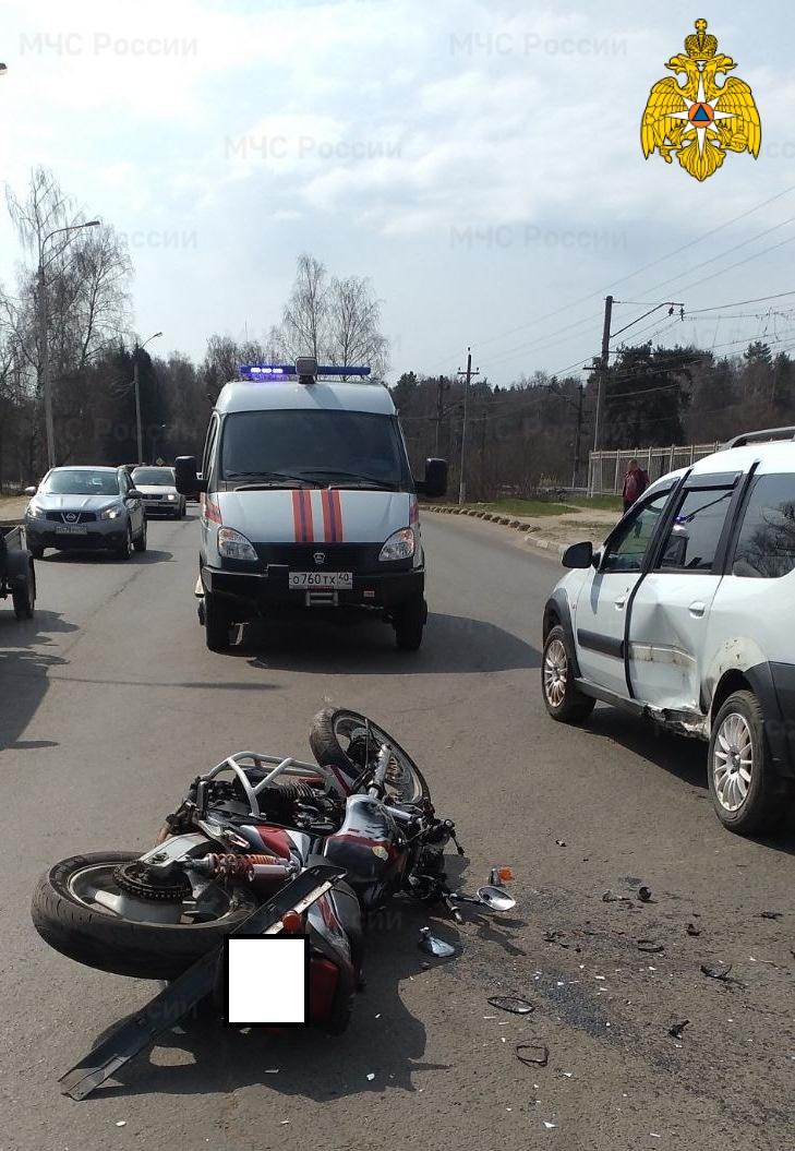 Спасатели МЧС принимали участие в ликвидации ДТП в г. Обнинск, ул. Лесная