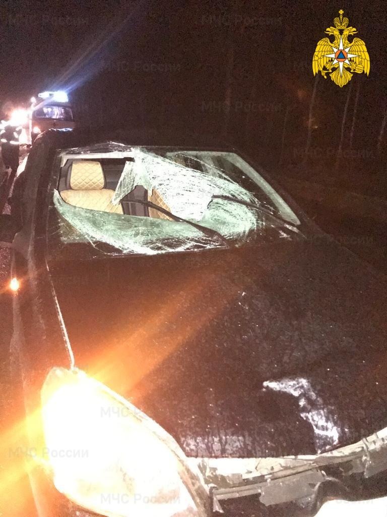 Спасатели МЧС принимали участие в ликвидации ДТП в Перемышльском районе, 6 км автодорога «Калуга-Перемышль-Белев-Орел»