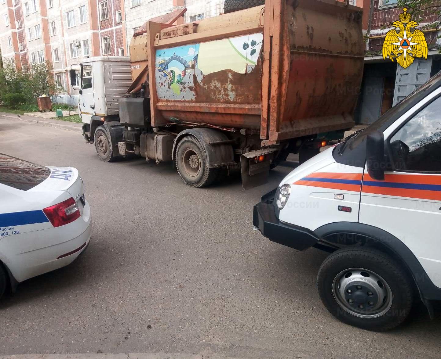 Спасатели МЧС принимали участие в ликвидации ДТП в г. Обнинск, ул. Калужская