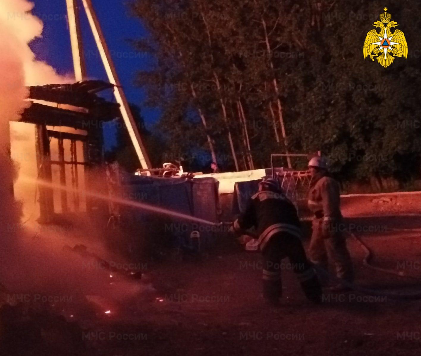 Пожар в Мещовском районе, д. Слаутино, ул. Московская