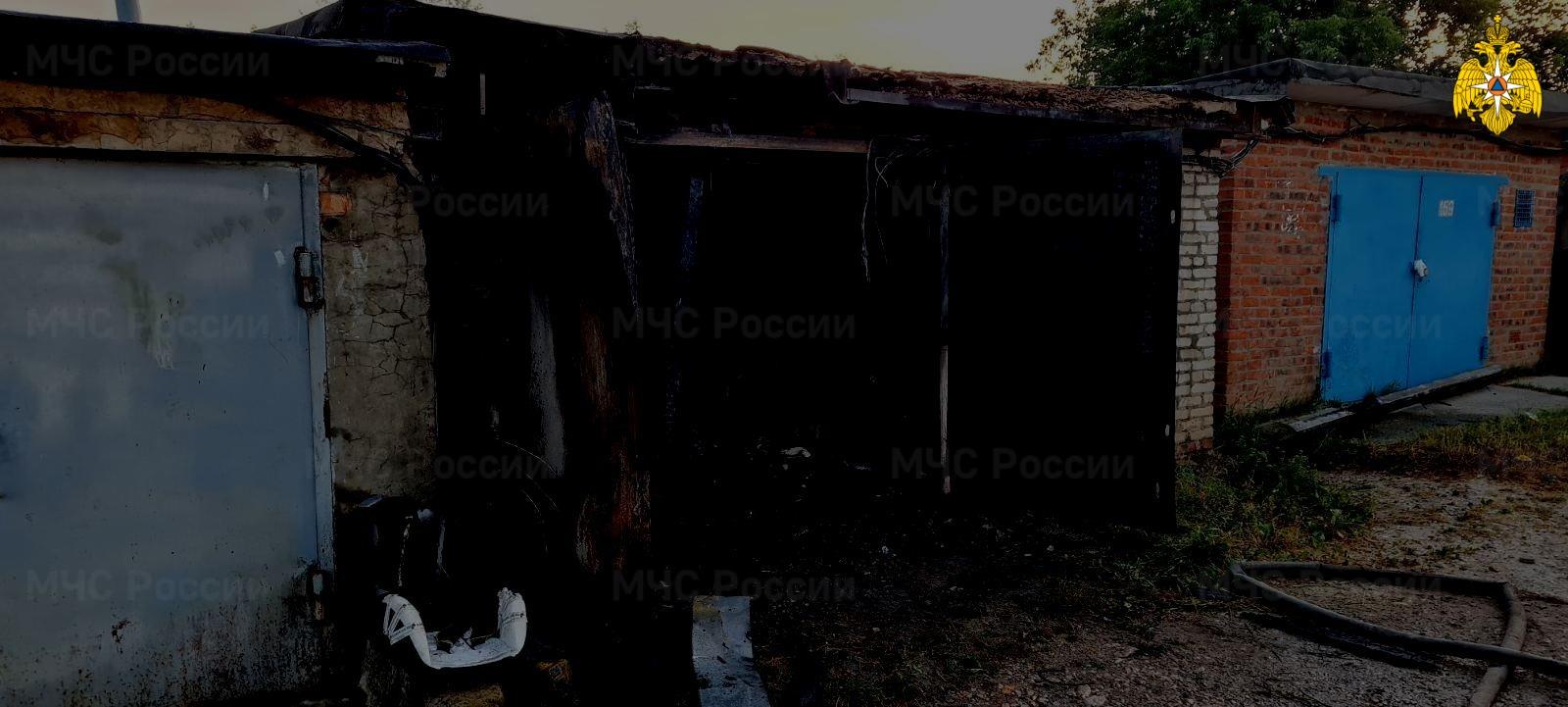 Пожар в Дзержинском районе, п. Товарково, ул. Набережная
