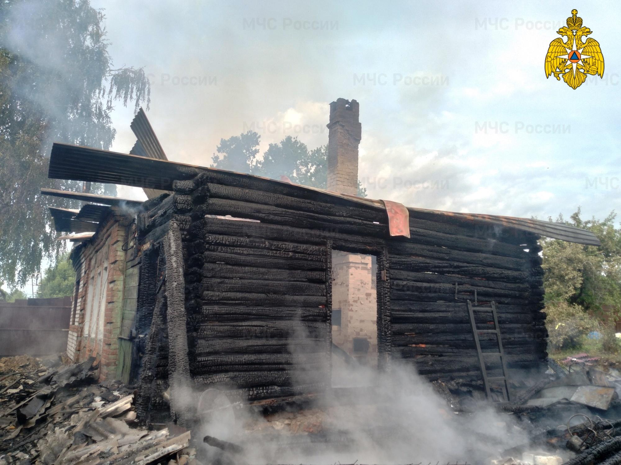 Пожар в Тарусском районе, д. Кольцово, ул. Московская