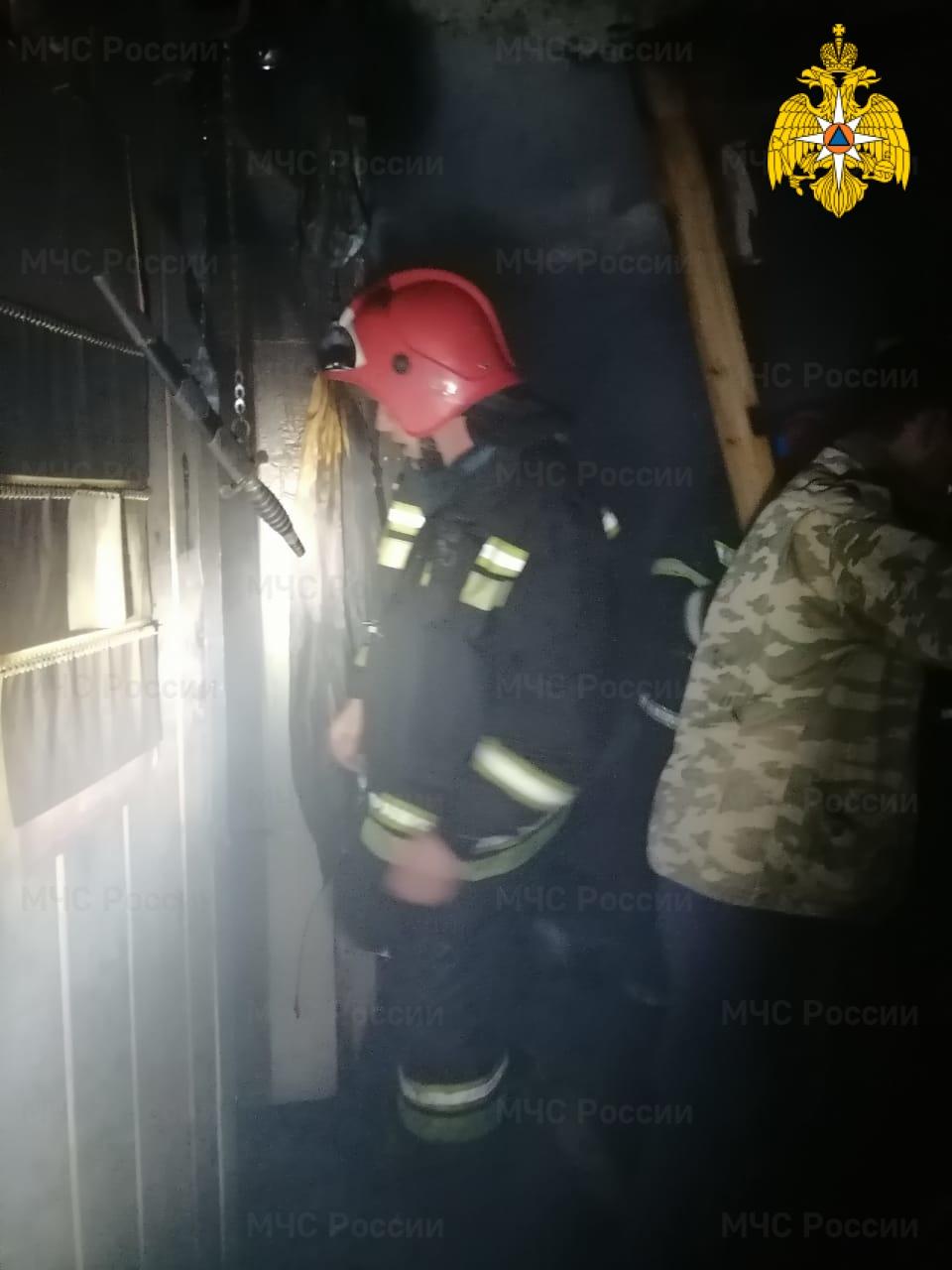 Пожар в Тарусском районе, с. Петрищево, ул. Центральная
